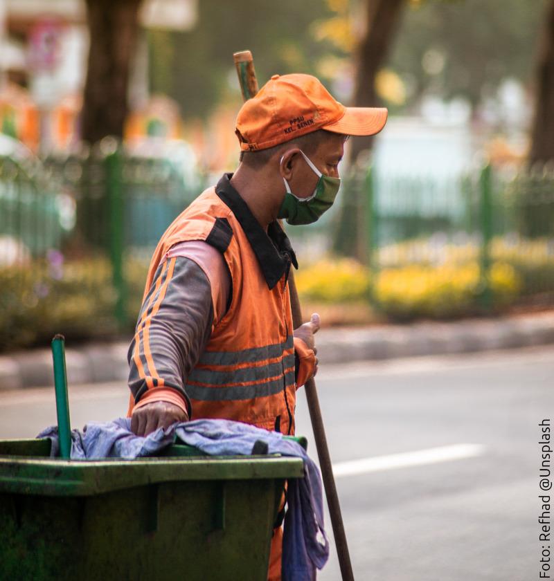 Arbeitswürde oder Würdenarbeit?